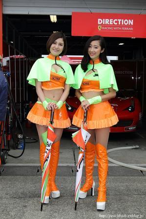 風早りお さん、安藤桃子 さん、道端史帆 さん、間宮葵 さん(DIRECTION RACING レースクイーン) - Peach Body
