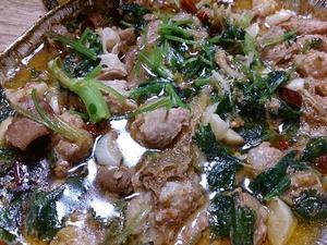 あのナガラ食品「ホルモン鍋」が、パクチー鍋に変身(笑) - 林檎落花