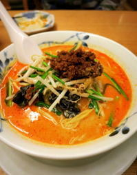 中国家庭料理・希須林の坦々麺*ハルニレテラスのイルミネーション - ぴきょログ~軽井沢でぐーたら生活~