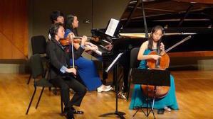 アカデミーは冬休み - Rayのピアノ&バイオリン