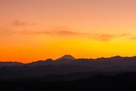 多峰主山のトワイライト - デジカメ写真集