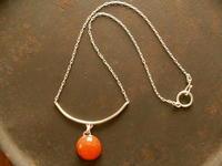 カーネリアン ネックレス - 石と銀の装身具
