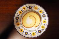 丸十ベーカリーマエノ『ロールケーキ』 - もはもはメモ2