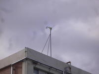 洛南中学校の風力発電機 - 風まかせ