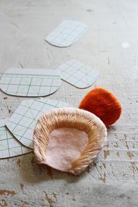 フェルト刺繍作品制作過程~No6 ボツパーツ量産中~ - ビーズ・フェルト刺繍作家PieniSieniのブログ