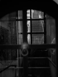 奥の階段 - 節操のない写真館