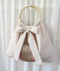 やさしいリボンのグラニーバッグ - いつかリリアン・ギッシュのように…手作りお洋服のあとりえ便り