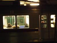 年末の夜・静かに電車が行く・・・・。 - 一場の写真 / 足立区リフォーム館・頑張る会社ブログ