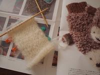 ハリネズミのミトンお腹側 - ペコラの編みもの