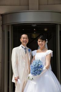 新郎新婦様からのメール ホテルモントレ銀座様の花嫁花婿さまより 花の夫婦  - 一会 ウエディングの花