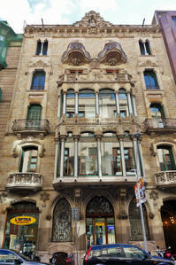 Gran Viaの建物めぐり11 Casa Berenguer - gyuのバルセロナ便り  Letter from Barcelona