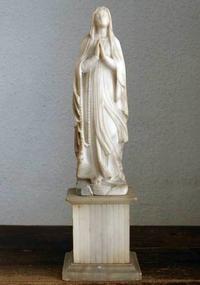 ルルドの聖母マリア像 アラバスター  /167 - Glicinia 古道具店