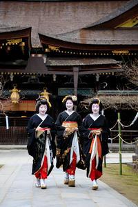 新年の挨拶回り(上七軒・勝也さん、勝音さん、勝奈さん) - 花景色-K.W.C. PhotoBlog