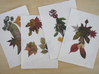 落ち葉のコラージュ - 日々の営み 酒井賢司のイラストレーション倉庫