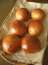 2種の豆パン - slow life,bread life