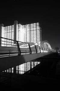 モノクロ夜景 - minamiazabu de 散歩 with FUJIFILM