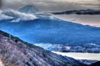 夕闇に薄まりつつある富士 - 風の香に誘われて 風景のふぉと缶