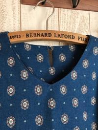 クラシカルフラワーのプルオーバー - Flora 大人服とナチュラル雑貨