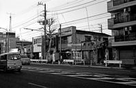 バス通り - そぞろ歩きの記憶