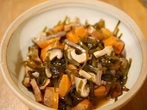 ごはん日記~切り昆布の煮物と七草汁 - ひぐま家の生活