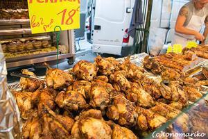 マルシェのおいしいグルメ、「丸ごとチキン」 - パリときどきバブー  from Paris France