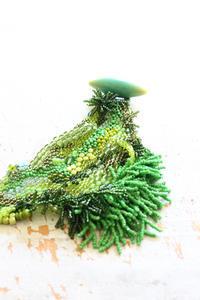 フェルト刺繍作品制作過程~No17 留め具完成~ - ビーズ・フェルト刺繍作家PieniSieniのブログ