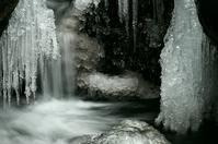 竜門峡の氷柱-1 - 自然と仲良くなれたらいいな2