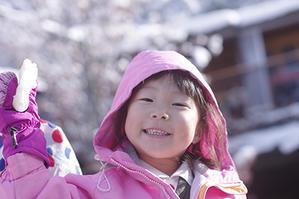 真っ白! - 陽だまりの小窓 - 菊の花幼稚園保育のようす