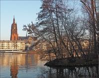 野鳥エジプトガンとマイン川風景 ~フランクフルト教会めぐり(5) - 模糊の旅人
