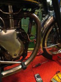 1958VELOCETTE VENOM シリンダースタッドシーリング - Vintage motorcycle study