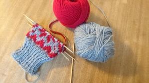 雪柄手袋編み始めました(ハンドメイド部門) - わたしのたからばこ