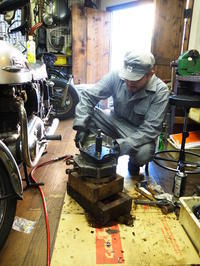 1964XLCH900 分解作業その2 - Vintage motorcycle study