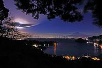 額縁の絵 港からの富士山 (写真部門) - 山麓風景と編み物