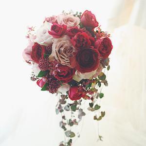 ブーケ、冬のバラ、冬のボルドー - 一会 ウエディングの花