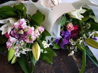 一周忌用の花束2種。 - 札幌 花屋 meLL flowers
