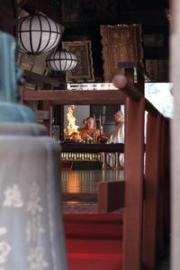 長谷寺 本堂で行 - 平凡な日々の中で