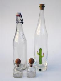 空き瓶コレクション - 日々の営み 酒井賢司のイラストレーション倉庫