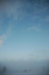 雪が積もった朝 2017/12/08 07:04 - 空ヤ畑ノコトバカリ