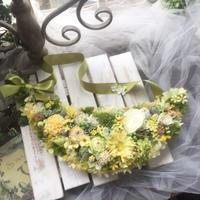 ミモザイエローのクレッセントリース - *kiko's  diary* 京都でプリザやリースなどの花雑貨とお庭のお店[Breath Garden]をしています!