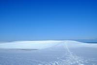 白銀の砂丘 - アオイソラ
