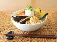 鶏と野菜のおろしだれ丼 - カタノハナシ ~エム・エム・ヨシハシ~