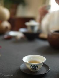 「おもてなしの中国茶レッスン」修了おめでそうございます - お茶をどうぞ♪