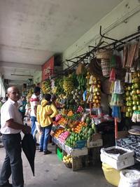 スリランカ旅行:いったところあちこち3(キャンディーの市場) - おいしいもの大好き!