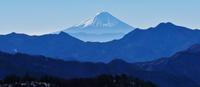 雪の飯盛山 - いぐさん流 山と花の写真(富士山)