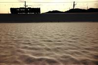 雪の田んぼ - 今日も丹後鉄道