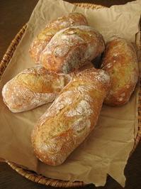 カシューナッツとレモンのパン - slow life,bread life