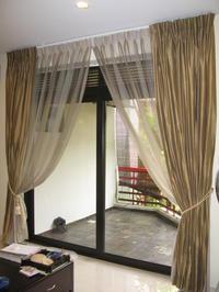 シンガポールでのカーテンのドライクリーニング - シンガポールでの宅配クリーニング『かぐや姫』