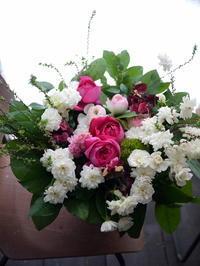 ご出産のお祝いに。南1西15の病院にお届け。 - 札幌 花屋 meLL flowers