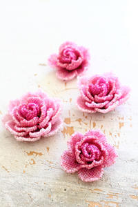 ビーズステッチの薔薇を作ってみました - ビーズ・フェルト刺繍作家PieniSieniのブログ