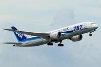 那覇空港 ANA B787-8の離陸 - 南の島の飛行機日記